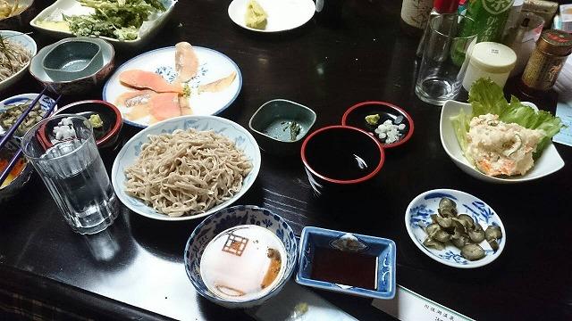 豪勢な食事