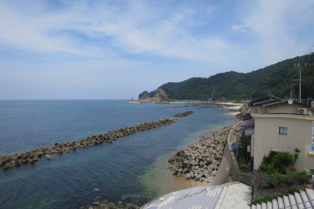 晴天の日本海