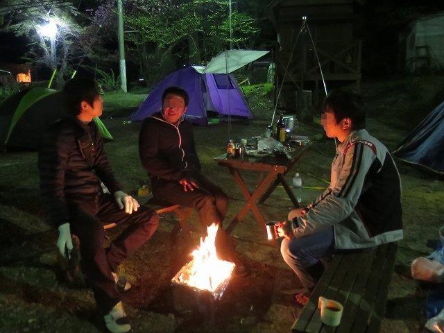 キャンプファイアー