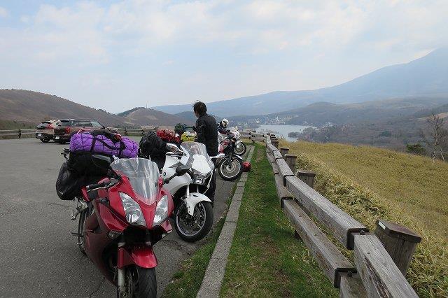 バイクと白樺湖