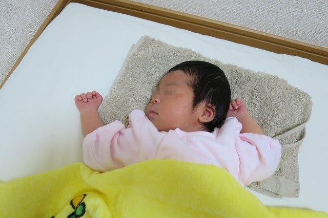 長女が生まれました