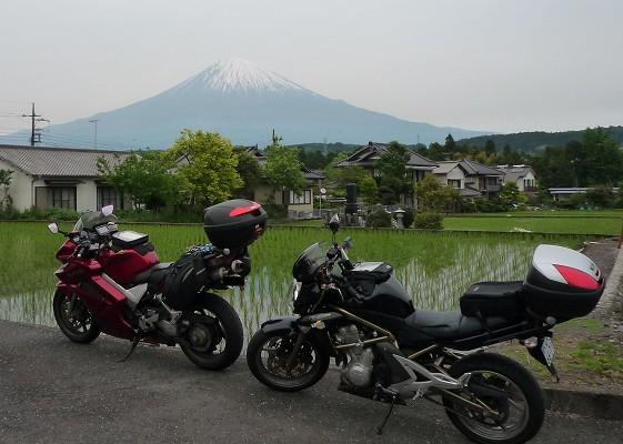 売却したバイクと富士山