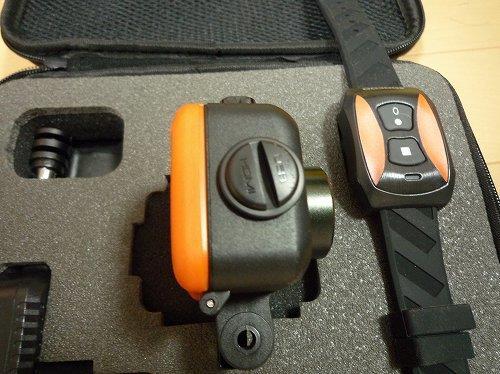 側面の防水USBポート