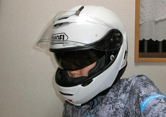 質感の高さが魅力のSHOEI最高級ヘルメット NEOTEC2 レビュー