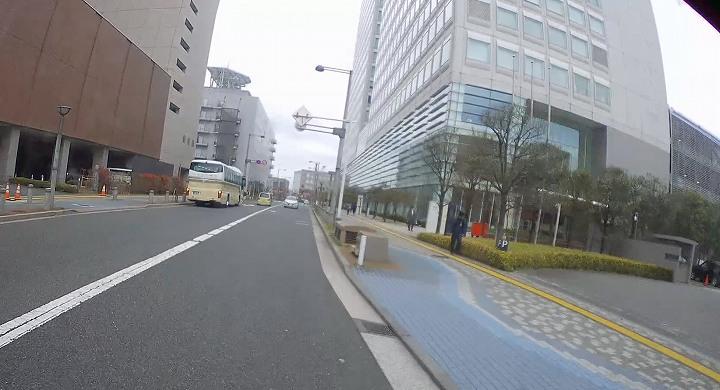 TOC有明ビルの駐車場